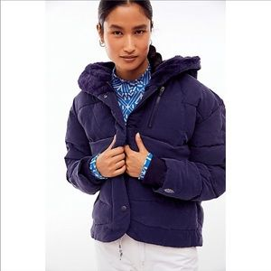 NEW FREE PEOPLE / CHILL FACTOR NAVY PUFFER JACKET